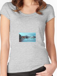 Morning after the Snow Women's Fitted Scoop T-Shirt