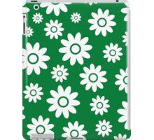 Green Fun daisy style flower pattern iPad Case/Skin
