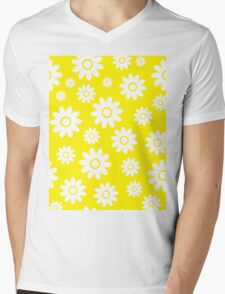 Yellow Fun daisy style flower pattern Mens V-Neck T-Shirt