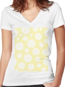 Cream Fun daisy style flower pattern Women's Fitted V-Neck T-Shirt