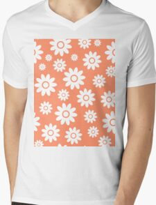 Coral Fun daisy style flower pattern Mens V-Neck T-Shirt