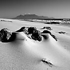 Table Mountain from Bloubergstrand by David Pinzer