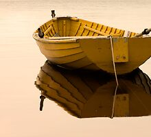 Boat afloat by SusieWS