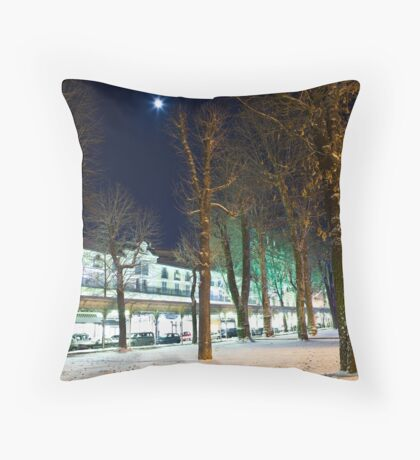 Rue du President Wilson Throw Pillow