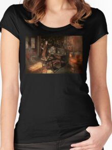 Steampunk - The time traveler 1920 Women's Fitted Scoop T-Shirt
