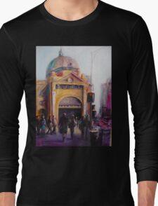 Morning bustle Flinders street Station Melbourne Long Sleeve T-Shirt