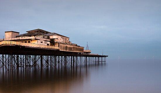 Colwyn Bay Pier by igotmeacanon