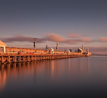 Cunningham Pier, Geelong - Australia by peterperfect