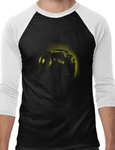 I Shoot with my nikon (Halftone style) Men's Baseball ¾ T-Shirt