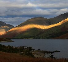 Wastwater , Lake District by Linda Lyon