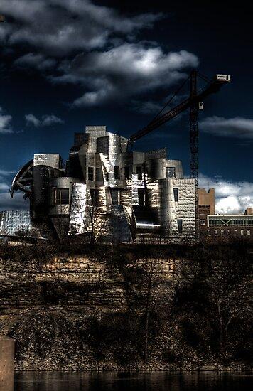 Weisman Art Museum by Sharlene Rens