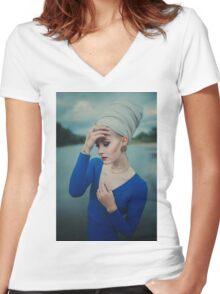 Women Portrait Women's Fitted V-Neck T-Shirt