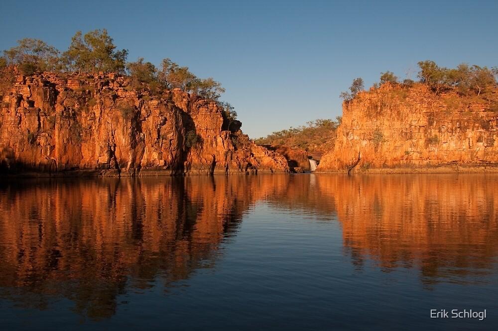 Malkgulumbu, South Western Arnhem Land, Australia by Erik Schlogl