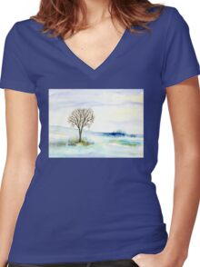 Lone Tree in the Snow Women's Fitted V-Neck T-Shirt