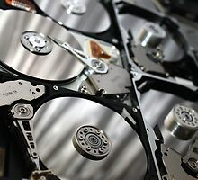 Is there life after dead hard drives? by Darqfyre