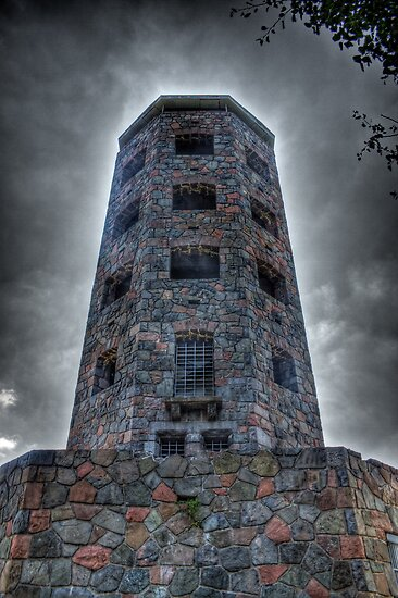 Enger Tower - Duluth, MN by Daniel Rens