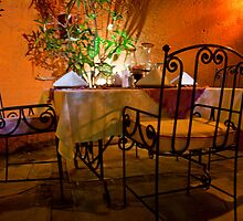Al Fresco Dining by phil decocco