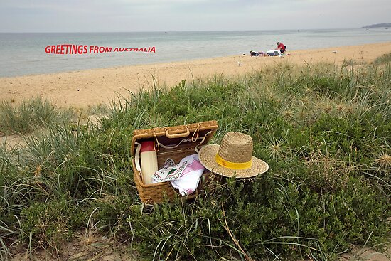 Picnic on Mornington beach by Pauline Tims