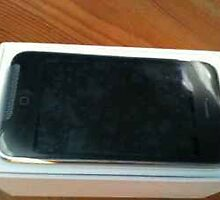 apple iphone 32gb by steveneddy