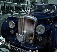 1947 Bentley Mk VI Saloon  by TeeMack