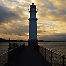 Newhaven Lighthouse by Matthias Keysermann