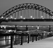 Tyne Bridge Black and White by parsy72