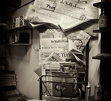 Old Newspapers (dutch) by photo-kia