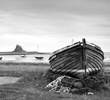 Holy Island Beach by Gerry  Balding