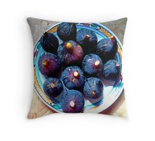summer feast Throw Pillow
