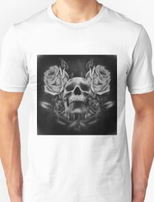 Skull And Rose's 5 BW T-Shirt