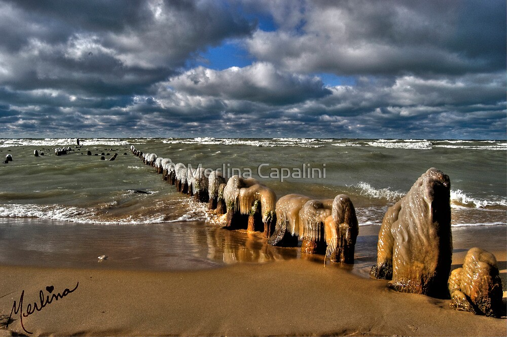 Ice Pier  by Merlina Capalini
