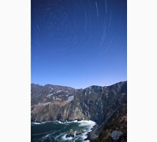 Star trails over Sliabh Liag T-Shirt