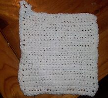 Crocheted white hand made potholder by Joncrochet