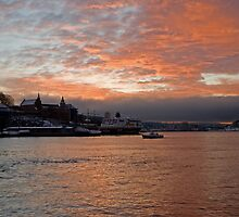 Sunrise - Oslo by julie08
