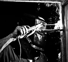 Welding - Black and White by clydeessex