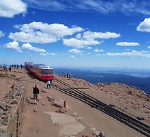 End Of The Line On America's Mountain by TonyCrehan