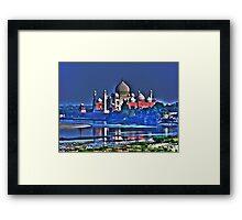 Taj Mahal (Agra) Framed Print