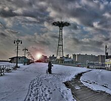 Coney island HDR by andytechie