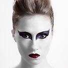 The Black Swan by goZzee