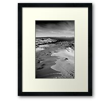 snow capped sleiveleague Framed Print