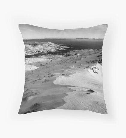 snow capped sleiveleague Throw Pillow
