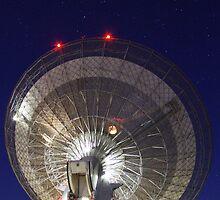 Radio Telescope Parkes by Tainia Finlay