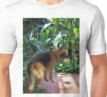 GERMAN SHEPARD PLAYS WITH BALL PICTURE-PILLOW-TOTE BAG-JOURNAL ECT. Unisex T-Shirt