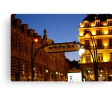 Metro de Paris Canvas Print