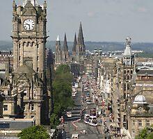 Edinburgh Princess Street by chewi