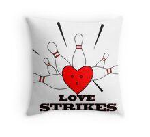 love strikes Throw Pillow