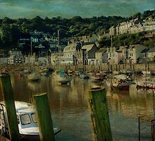 Looe Harbour by Catherine Hamilton-Veal  ©