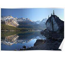 Maligne lake in Jasper National park Poster