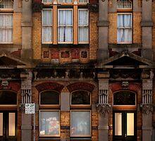 Hunter St TAFE  by Sandy Sutton