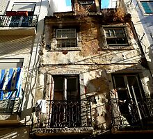 Lisbon Laundry by kernowseb